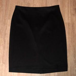 Worthington Size 20W Black Midi Skirt.